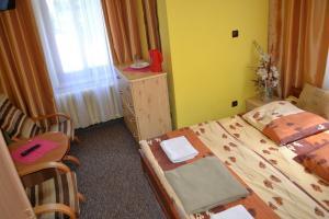 mniejszy pokój 2-os, 2